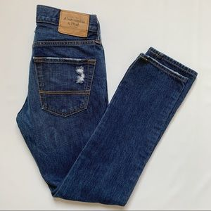 Abercrombie & Fitch 28x30 distressed tapered jeans
